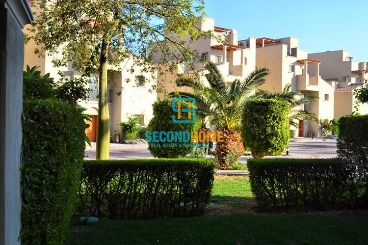 2 bed flat with private garden in Sahl Hasheesh